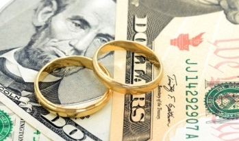 Growing Cost of Weddings Forces Some Consumers Into Debt